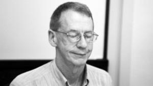 Der Journalist Duncan Campbell bei seinem Vortrag auf der Deepsec 2011 in Wien