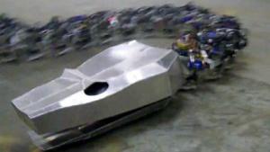 Titanoboa: Hydraulisch betriebener Schlangenroboter