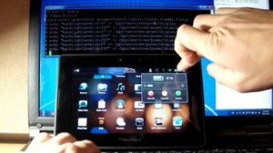Der Hacker Neuralic demonstriert in einem Video den Playbook-Hack.
