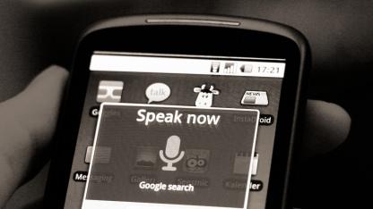 Plant Google einen Siri-Konkurrenten für Android?