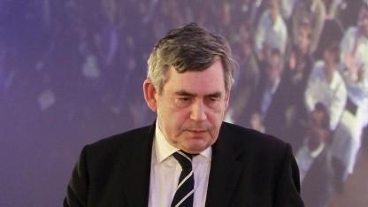 Ehemaliger britischer Premierminister Gordon Brown: Hinweise, dass verschiedene Zeitungen spionieren ließen