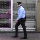 Ramsauer: Verkehrsminister gegen Fußgänger mit Kopfhörern