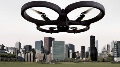 AR.Drone 2.0 kommt im 2. Quartal 2012.