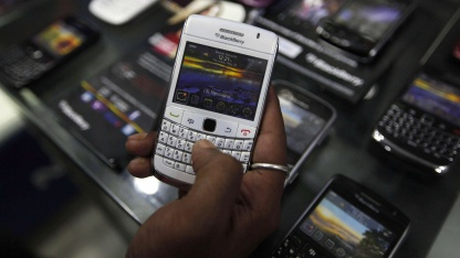 In einem Smartphoneshop in Kolkata