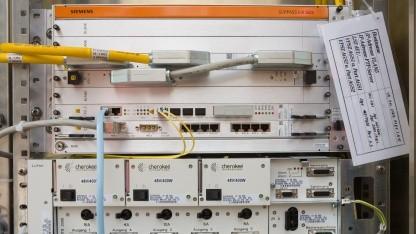 Outdoor-DSLAM der Telekom in Multifunktionsgehäuse