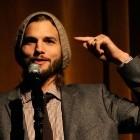 Two and a Half Men: Ashton Kutcher investiert in Berliner Startup Gidsy
