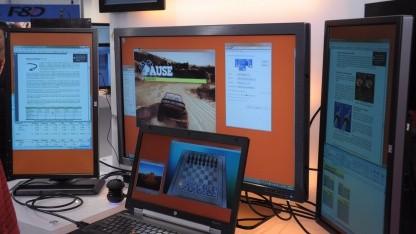 Drei hochauflösende Monitore an einem Displayport-Ausgang