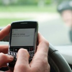 Cellcontrol: SMS und andere Dienste während der Autofahrt sperren