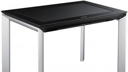 Die Tischbeine des Sur40 kosten 600 Euro extra.