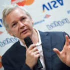 Assange-TV: Julians Weltverbesserer-Talk