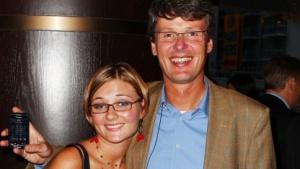 Thorsten Heins mit seiner Tochter Svenja im September 2010 beim Start des Films Buried.