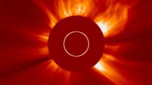 Satellitenstörungen erwartet: Ausbruch auf der Sonne