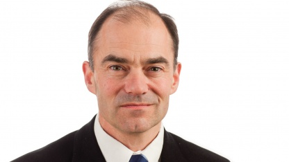 ARM-CEO Warren East