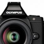 Olympus: Systemkamera mit staub- und spritzwassergeschütztem Gehäuse