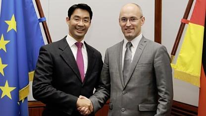 Die Wirtschaftsminister Rösler und Pavluts
