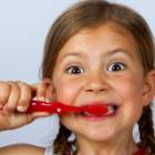 Beambrush: Zahnbürste mit Smartphone-Anschluss