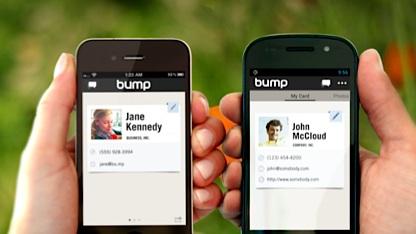 Bump tauscht Daten durch Anklopfen.