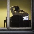 Sprachtelefonie: Deutsche telefonieren weniger im Festnetz