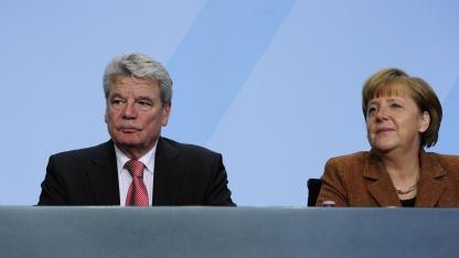 Joachim Gauck und Kanzlerin Angela Merkel