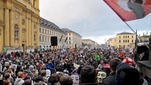 Anti-ACTA-Demos auf dem Münchner Odeonsplatz