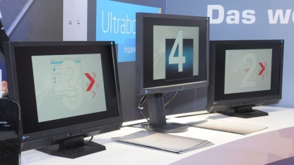 Dynadock schließt weitere Monitore per Displaylink an.