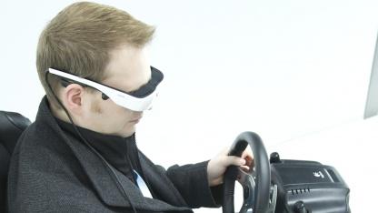 Cinemizer OLED auf der Cebit 2012 - hier an der PS3 ohne Headtracker