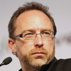 Open Government: Jimmy Wales berät britische Beamte