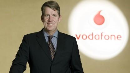Friedrich Joussen posiert für ein Werbefoto des Unternehmens.
