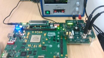 Testplattform mit 16-Core-Chip