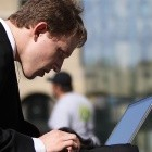 Smartphones und Tablets: Per SIM-Karte am WLAN-Hotspot anmelden