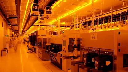 Lithographiebereich der Fab 1 mit gelber Beleuchtung