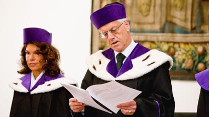 VfGH-Präsident Gerhart Holzinger und Vizepräsidentin Brigitte Bierlein