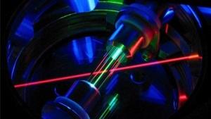 Ionenfalle für Thorium mit Laser