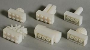 Verbindet Lego und andere Baukastensysteme: Free Universal Construction Kit