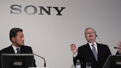 Sony-Chefs: Kazuo Hirai und Howard Stringer bei einer Pressekonferenz