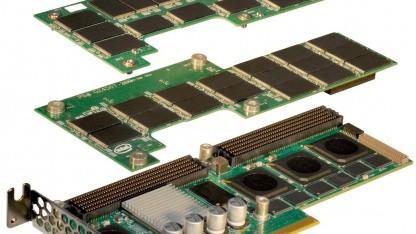 Intels SSD 910 besteht aus mehreren Platinen.