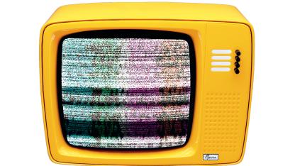 Der gelbe Fernseher wirbt für die Analogabschaltung.