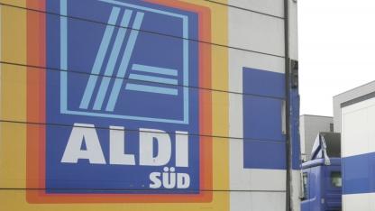 Überwachungskameras: Aldi-Manager zoomten Kundinnen unter den Rock