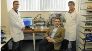 Gesundheitswesen mit 3D-Druckern revolutionieren: Lee Cronin und seine Mittarbeiter