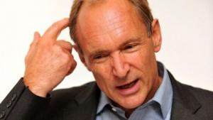 Tim Berners-Lee: unglaubliche Kontrolle durch Internetüberwachung