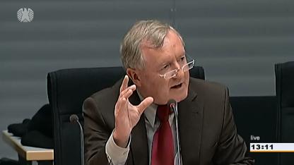 Max Stadler (FDP) vor dem Petitionsausschuss