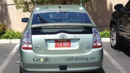 Autonomes Google-Auto: Unendlichkeitssymbol für das Auto der Zukunft