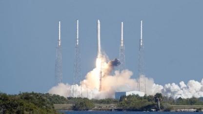 Start einer Falcon 9 im Dezember 2010