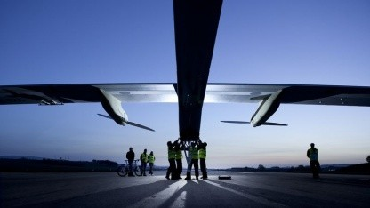 Solar Impulse vor dem Start: in zwei Etappen nach Rabat
