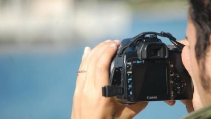 Cloudpic Mobile soll Digitalkamera per Bluetooth ans Handy anbinden.
