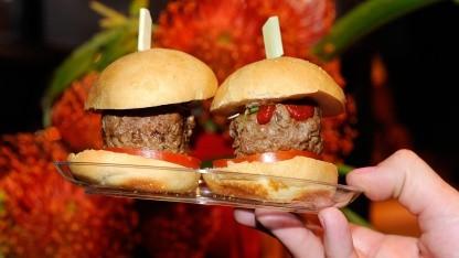 Den Burgerladen um die Ecke mit Google bewerten