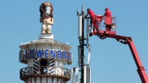 Arbeiten an Mobilfunkanlage zum Münchner Oktoberfest 2012