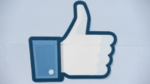 Familienministerin Schröder unterstützt die Facebook-Initiative Smart.