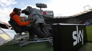 Live-Bundesliga-Fußball ab der Saison 2013/2014 wohl nur noch bei Sky