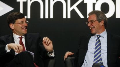Vodafone-Chef Vittorio Colao und Telefónica-Chef Cesar Alierta (r.) im Jahr 2009